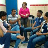 Dialogando com alunos articuladores do projeto Protagonismo Negro.